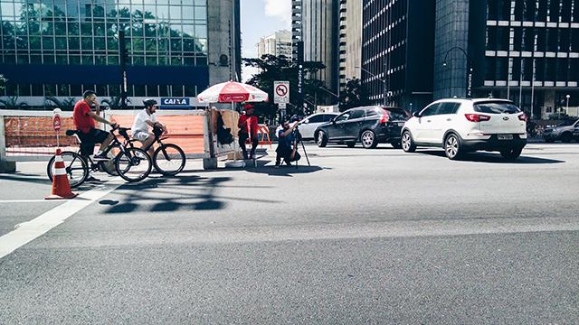 Uma manhã na Avenida Paulista